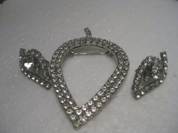 Vintage Art Deco All Clear Rhinestone Double Row Leaf Brooch & Matching Clip Earrings - Clean and Bright