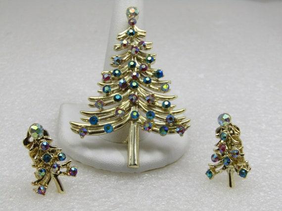Vintage Dodd's AB Rhinestone Christmas Tree Brooch & Clip Earrings Set
