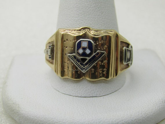 Vintage 10kt Masonic Ring, Size 16, Two-Tone, 1980's