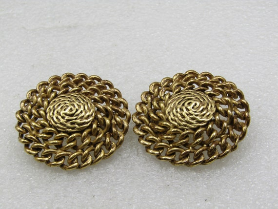"""Vintage Curb Link Clip Earrings, 1980's, Gold Tone, 1.5"""""""
