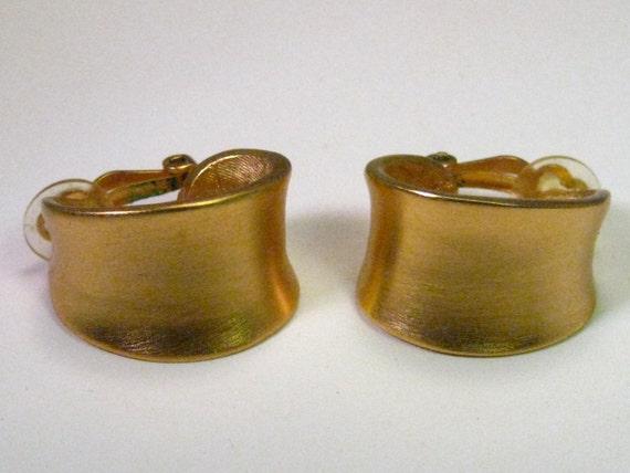 Vintage Anne Klein Wide Gold Tone Hoop  Clip Earrings