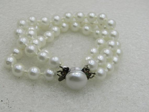 """Vintage Triple Strand Faux Pearl Bracelet, Hong Kong, 7.5"""""""