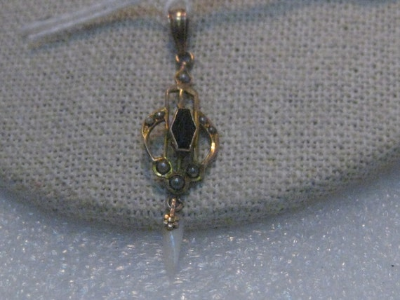 Vintage 10kt Garnet Pearl Pendant, Otsby & Barton, Late 1800's to early 1900's, .90 gr. 1-5/8""