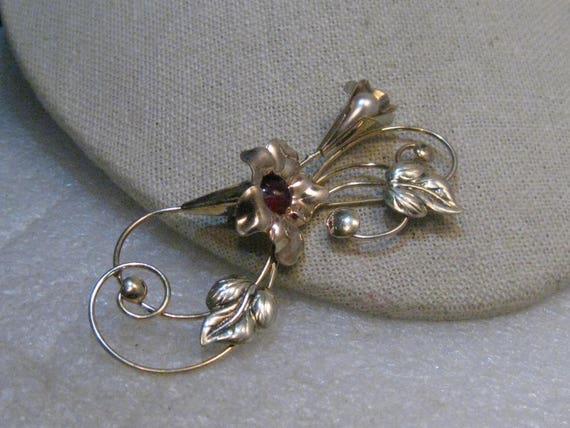 "Vintage 1940's Floral Brooch with Stones, signed TF (Theodore Fahrner?), 3-1/8"", 1/20 12KT GF"