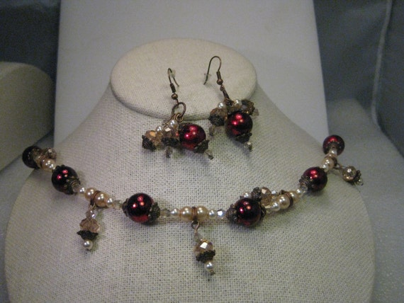 "Vintage Copper Tone Faux Pearl with Metallic Red Foiled Beads and Dangle Drops 11"" Necklace & Pierced Earring Set"