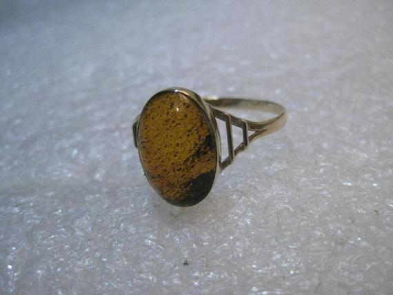 Vintage 14kt Amber Ring, Oval, 1.13 gr. Sz. 9.5, Mid-Century