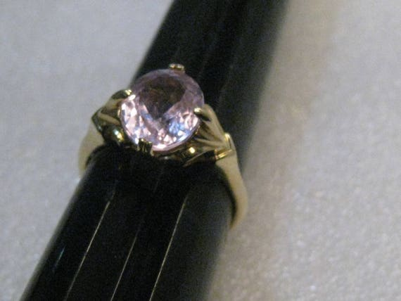 Vintage 14kt Morganite/Beryl Ring, size 9.5, 4.63 grs.  Solitaire, signed S.T.S.