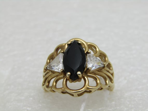 10kt Filigree Onyx & CZ Ring, Size 7,5, 4.40gr., Marquise Onyx, Triangular CZ, Signed