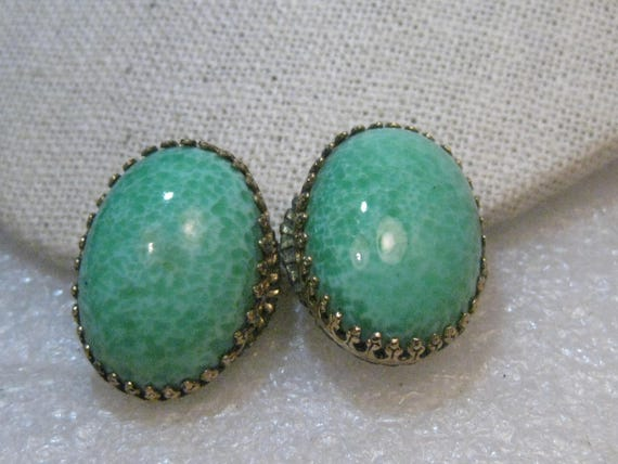 "Vintage Peking Glass Clip Earrings, Mid-Century, Gold Tone, 1"" Oval Cabochons"