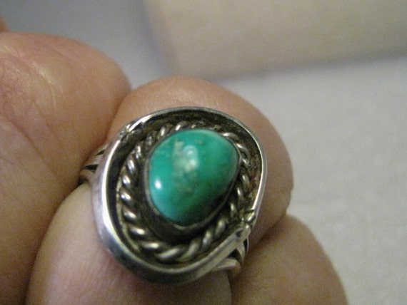 Vintage Southwestern Turquoise ring, size 6.5, Sterling Silver Band