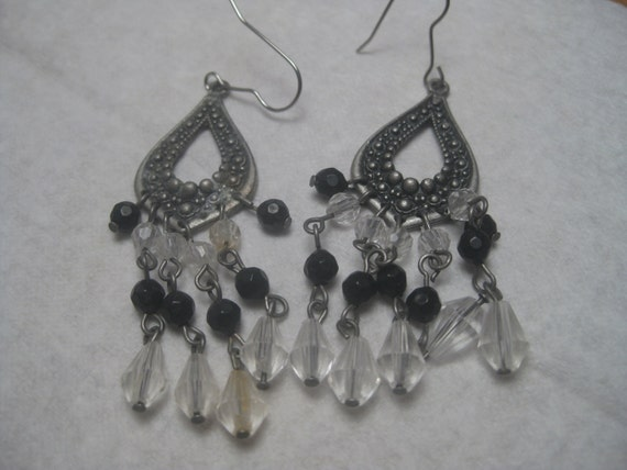 Vintage 1970's Silvertone (Pewter-toned) Gypsy Clear & Black Dangle Beaded Chandelier Pierced Earrings