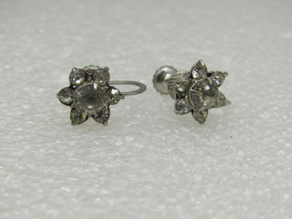 Vintage Floral Rhinestone Stud Earrings, Screw Back, 1940's.