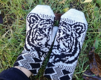Fair isle mittens, winter mittens, knit animal gloves, winter accessory, knit mittens for women