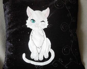 """Cat, kitten pillow, cushion cover, handmade, applique """"White kitten"""", pet"""