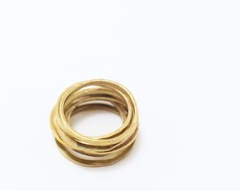 THE YOLI Brass Ring Stack