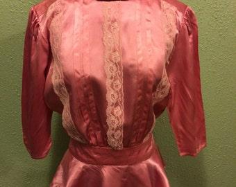 1970s does 1940s Pink Peplum Blouse sz l
