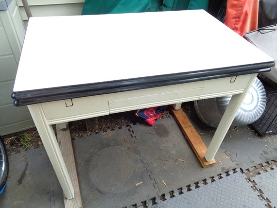 Pull Out Kitchen Table Top Inspiration Vintage White Porcelain Top Kitchen Table With Pull Out SidesLocal Pick Up Only Metro Detroit Area 6135 5
