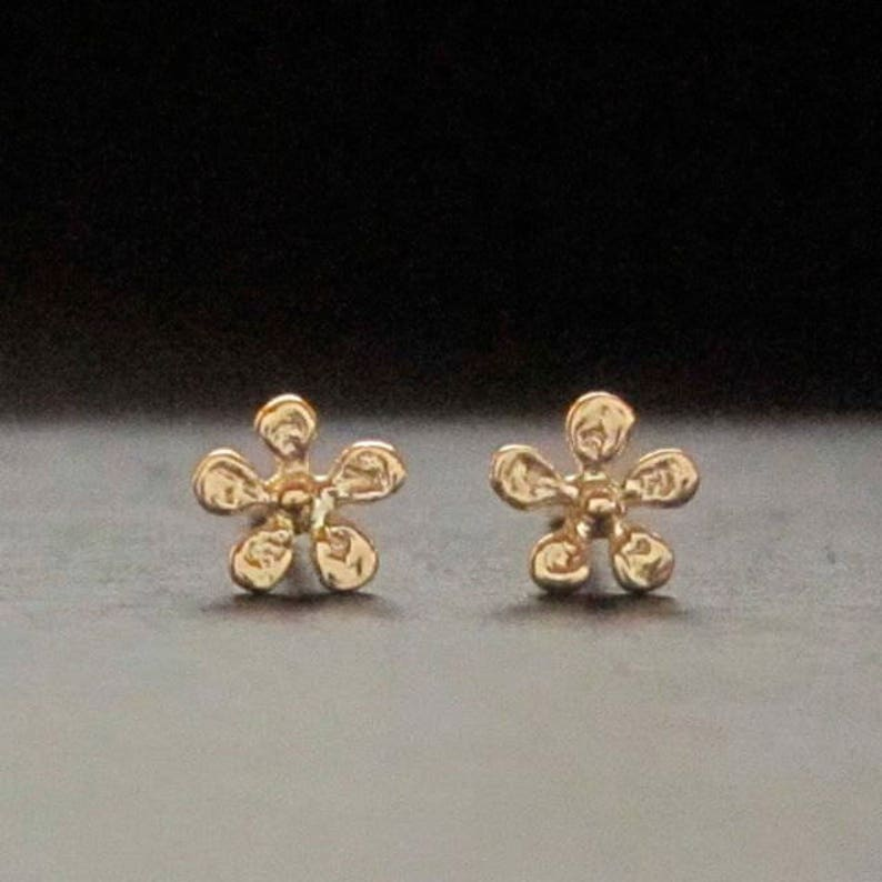 e40eb73582fe9 Tiny gold flower ear studs, 14k yellow, rose or white gold daisy stud, pair  or single, solid 14k handmade in usa
