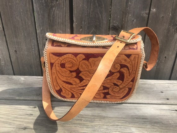 Vintage 70s  Hippie Boho Western Tooled Leather Pu