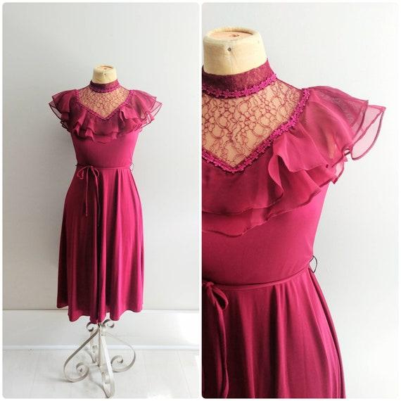 Small Vintage 1970s Ruffle Shoulder Sheer Dress Wo
