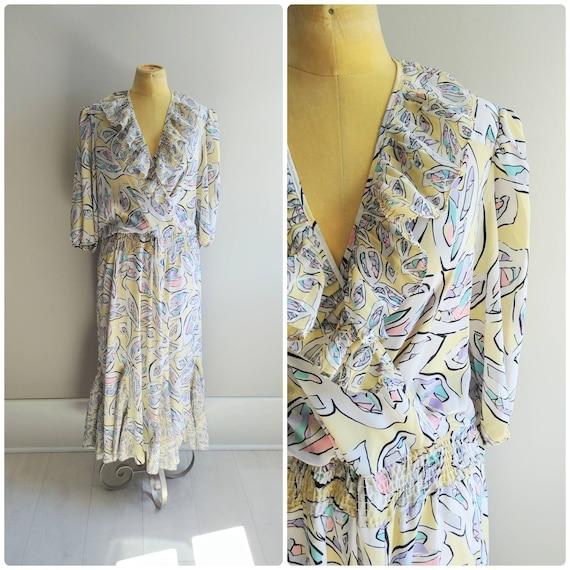 Medium Vintage Womens Ruffle Dress, 1980s Pastel A
