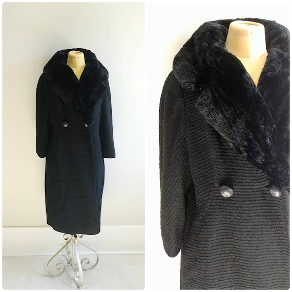 Medium Vintage 1950s Black Wool Coat Fur Collar Te
