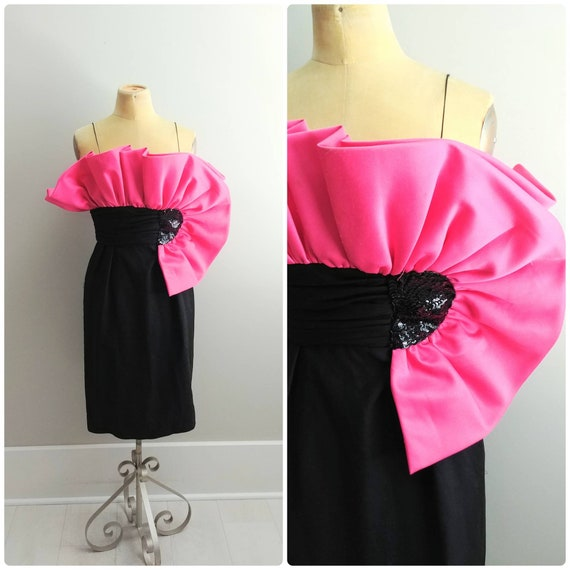 Small Vintage 1980s Origami Ruffle Party Dress Bla