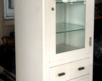 Ordinaire Vintage Medical Cabinet By Max Wocher U0026 Son Co.