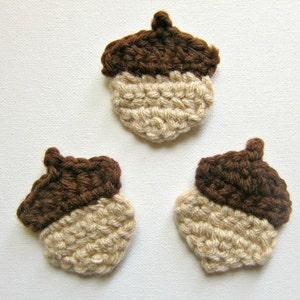 On SALE 20/% off 1pc 2 Dark PEACOCK Green HEART Crochet Applique