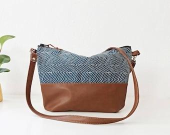 Crossbody leather bag, Small crossbody purse, Geometric print, Navy bag, Nautical, Slouchy style, Everyday Purse, Cross body bag