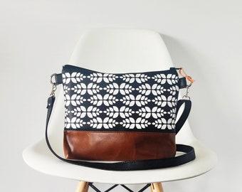 Crossbody vegan leather bag, Crossbody purse, Shoulder bag, Everyday purse, Black and white print, Leaf print