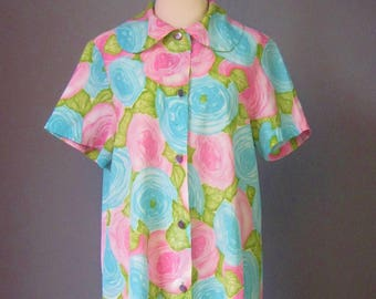 Floral House Dress / Vtg 70s / Montgomery Ward Pink & Blue Cabbage Roses Button down shirt dress