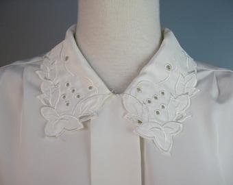 Ivory Secretary Blouse / Vtg 80s / Petite Impressions Polyester Ivory Secretary Blouse / Long Sleeves / Cut work collar