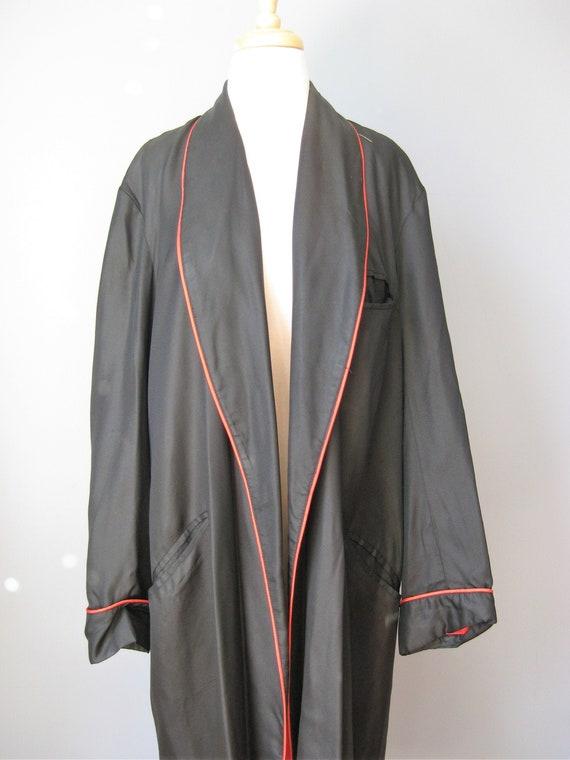 Mens Silk Robe / Vtg 50s / Red and Black Silk Robe