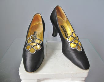 Bruno Magli  Couture Shoes / Vtg 90s / Black Satin Bruno Magli Formal Shoes w Rhinestones / Size 7.5 / Made in Italy
