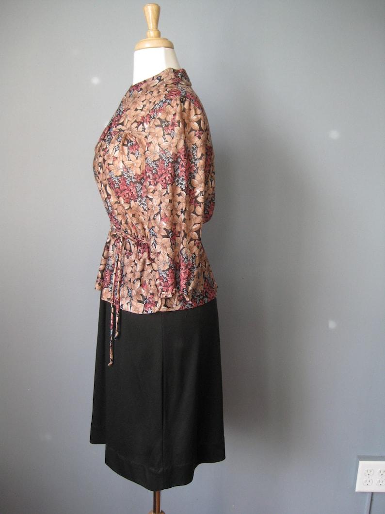 Black Floral Peplum Dress  Vtg 70s  Knit 2 piece look black floral peplum dress
