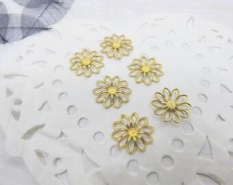 Brass Daisy Charm - Open Fretwork Daisy Charm - Daisy Charm - Charm Supply - Open Daisy Charm - Flower Charm - SP-146