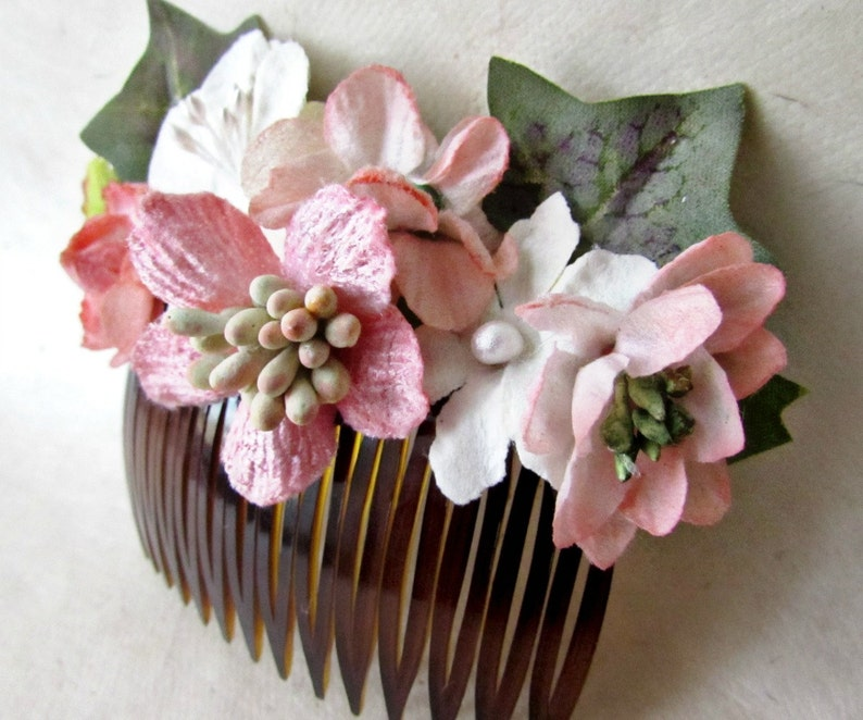 Flower Hair Comb Pink Floral Hair Comb Wedding Comb Woodland Bridal Hair Accessory Pink Hair Comb Flower Hair Piece Rose Bridal Comb