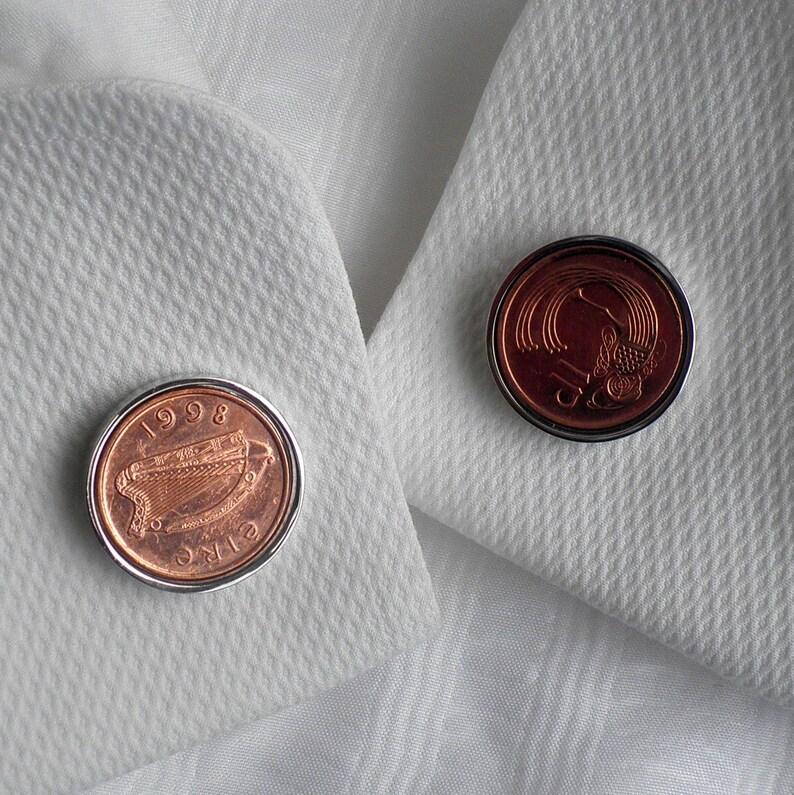 Irish Coin 43rd Birthday 1976 cufflinks NonTarnish Chrome setting with matching DeLuxe Chrome case.More Years 1p Bronze coin