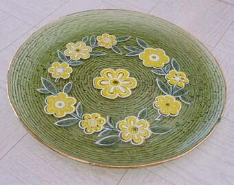 Groovy Serving Platter by Anchor Hocking -- Cool Glass Plate with Soreno Crinkle Glass -- Mid Century Dinnerware with Yellow Flower Designs