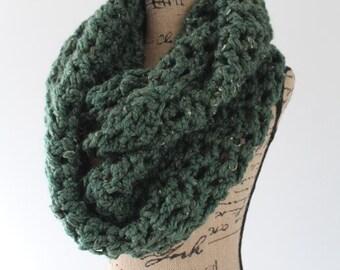 Chunky Crochet Infinity Scarf Cowl - Kale