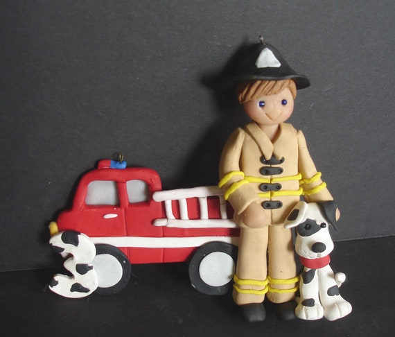 "HAND MADE DALMATIAN FIRE HOUSE FIREFIGHTER DOG 4/"" GLASS CHRISTMAS ORNAMENT//BALL"