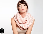 merino infinity scarf beige white red neon pink scarf Loop Snood Cowl knitted loop theknitkid the kid knit made in Germany Berlin Designer