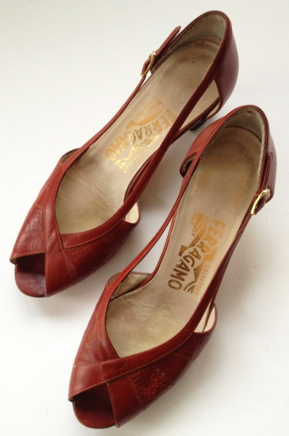 1970s Ferragamo Pumps Oxblood  6 1/2B