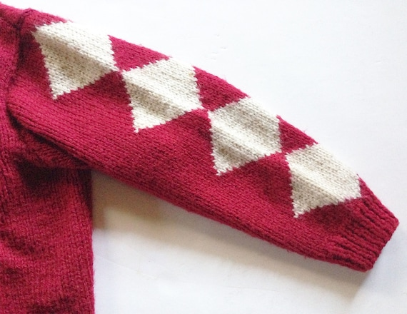 1940s Red Diamond Wool Hand Knit Cardigan - image 6