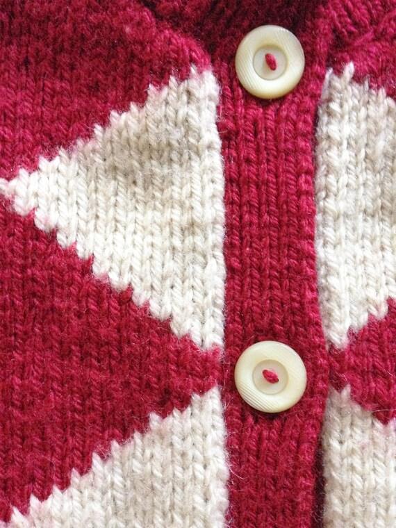 1940s Red Diamond Wool Hand Knit Cardigan - image 5