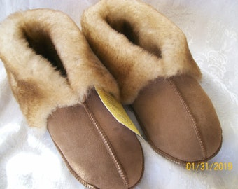 6a53ba89f56 Genuine Handcrafted LADIES Sheepskin Slippers....LADIES.Small.  Medium.Large...NWT.