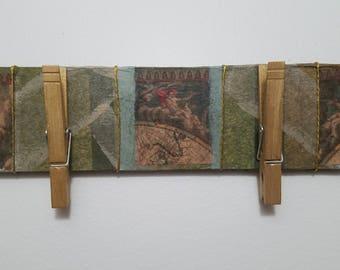 "Wall Calendar Holder ""Old World"""