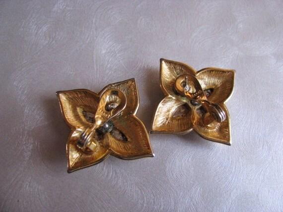 Monet Star Earrings - Post Earrings - Collectible… - image 2