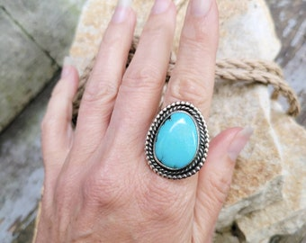 Vintage Navajo Turquoise Sterling Ring sz 8.5